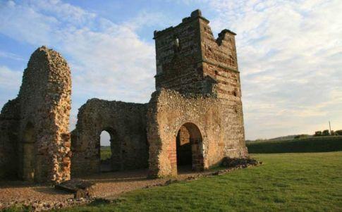 Knowlton: la iglesia embrujada de Inglaterra