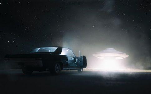 """OVNI en la carretera: """"llegamos a sentir miedo"""""""