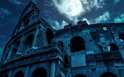 """""""Las primeras cazas de brujas ocurrieron durante el Imperio Romano"""". Entrevista al escritor Joel Santamaría"""