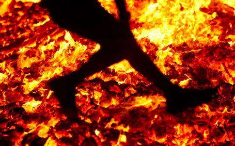 San Pedro Manrique: caminar sobre fuego… y no quemarse
