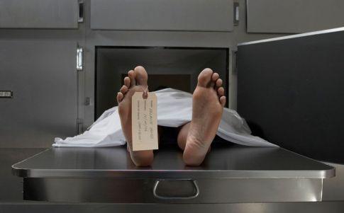 Resucitaron en la morgue