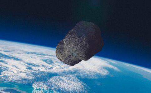 Imágenes de un asteroide con forma de hueso inquietan a los astrónomos