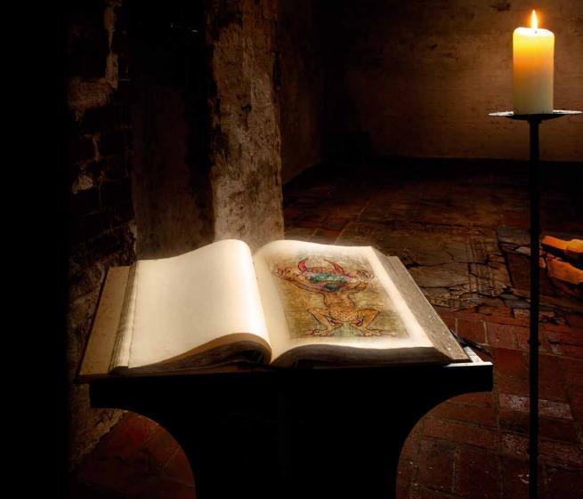 Los secretos de la biblia del diablo