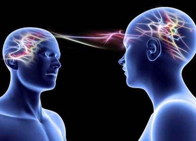 Las experiencias psíquicas a debate por la neurología