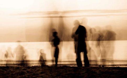 La gente sombra