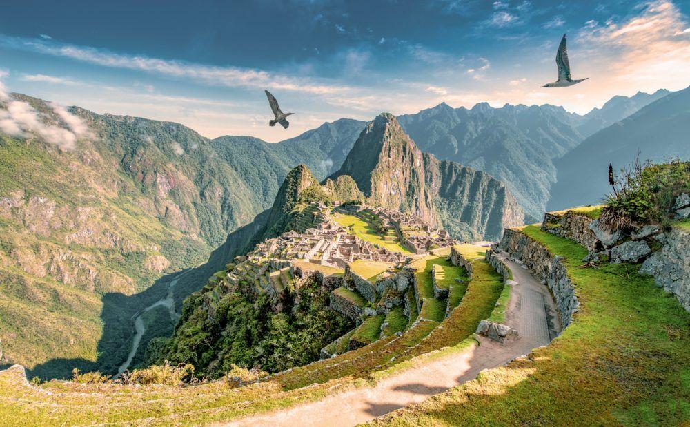 El Colegio Invisible Cap. 10: Los misterios de Machu Picchu